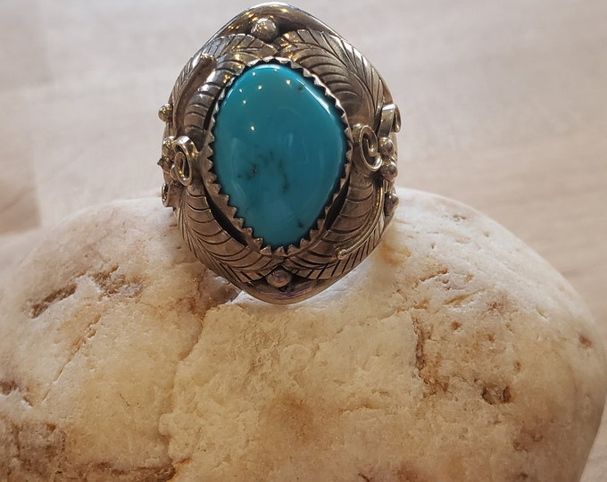Large Turquiose and Sterling Silver ring size 10