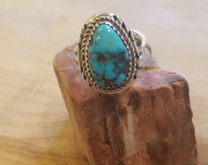 Beautiful natural turquoise stone set in sterling silver size 6.