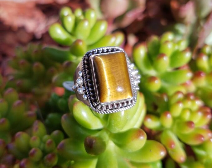 Tigers Eye and Sterling Silver Ring Size 10