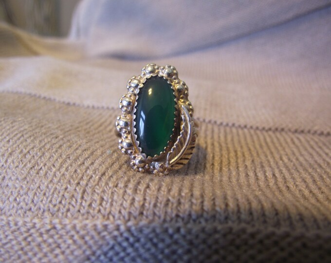 Beautiful Green Agate Sterling Silver Ring size 6.5