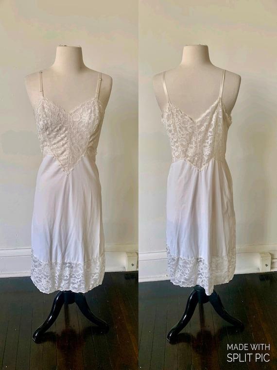 Vintage Vanity Fair White Lace Slip Dress 1970's W