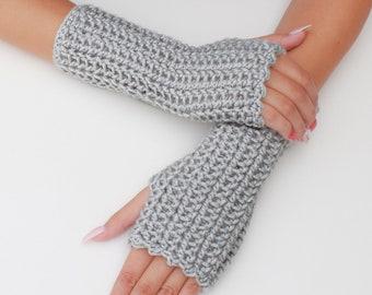 Crochet pattern-CAMILA Crochet fingerless gloves pattern-Women crochet pattern-Wrist Warmers pattern-Fingerless Mitts Pattern PDF Size S-M-L