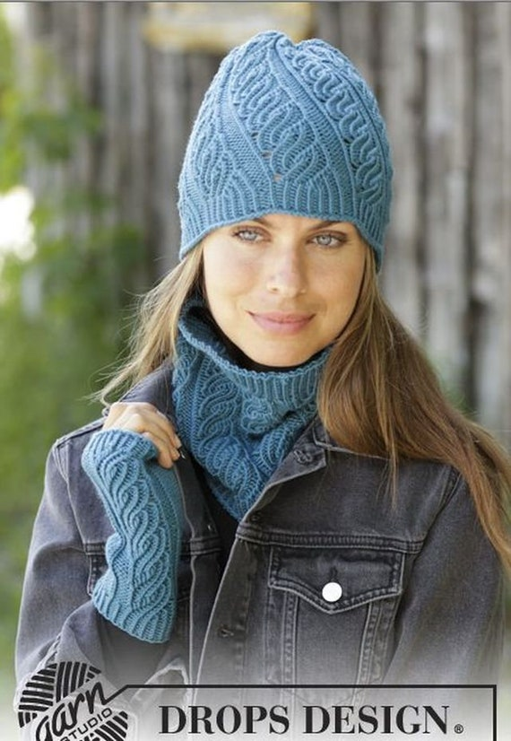 f03db6b7c84 Knitted set for women cap collar scarf pulse heat set for