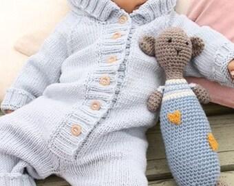 Baby romper with hood/ knitted romper. 100% wool (merino wool). To order.