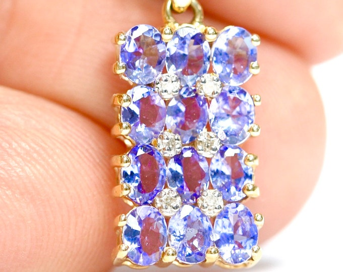 Stunning 9ct gold  AA Tanzanite & Diamond pendant and 18 inch chain - fully hallmarked with Certificate of Authenticity