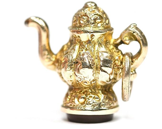 Superb vintage 9ct yellow gold carnelian set coffee pot charm - fully hallmarked