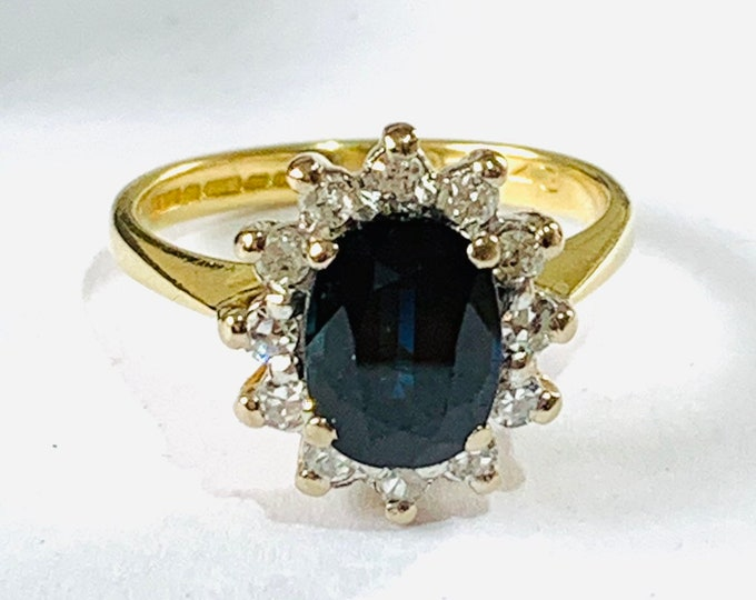 Fabulous sparkling vintage 18ct gold 1.5 carat Sapphire and Diamond cluster engagement ring - Birmingham 1978 - size K / 5