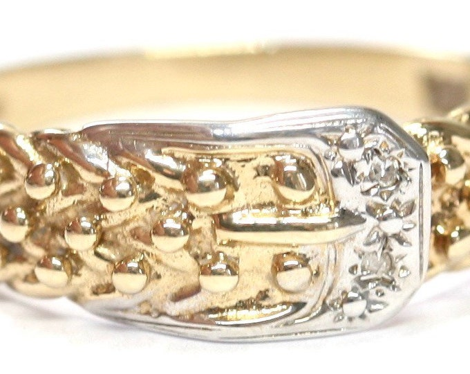 Stunning vintage 9ct white and yellow gold Diamond Buckle ring - fully hallmarked - size U or US 10 1/4
