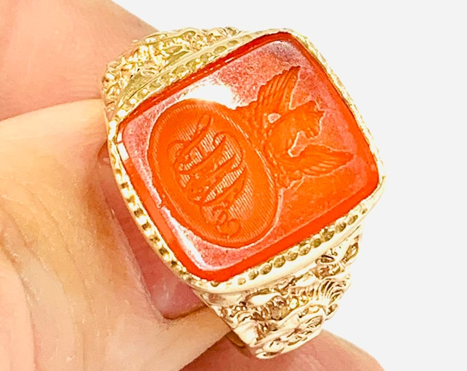 Stunning heavy vintage 9ct gold carved Intaglio seal ring - size Y - 12