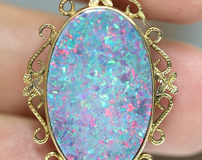 Superb large vintage 9 / 10ct gold 18 inch Opal necklace - fully hallmarked