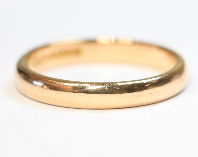 Superb vintage 22ct gold wedding ring - hallmarked Birmingham 1990 - 4.8gms - size P or US 7 1/2