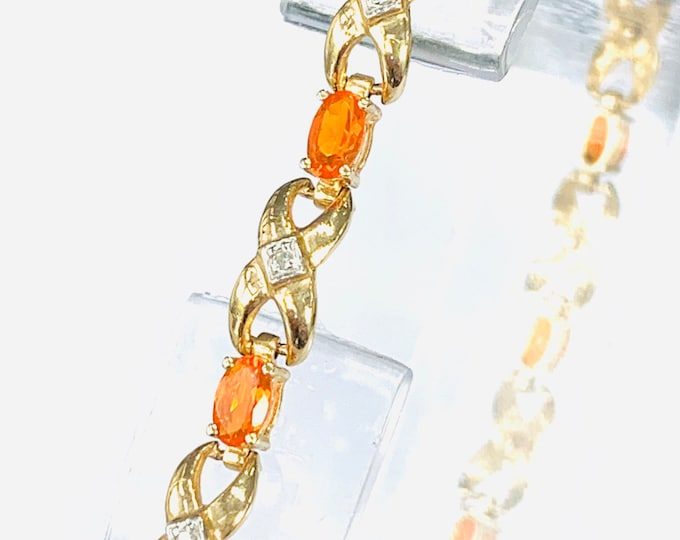 Superb vintage 9ct gold Fire Opal and Diamond 8 inch bracelet - fully hallmarked