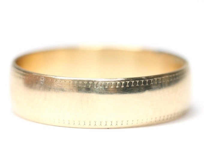 Vintage 9ct gold wedding ring - fully hallmarked - size L 1/2 or US 5 3/4