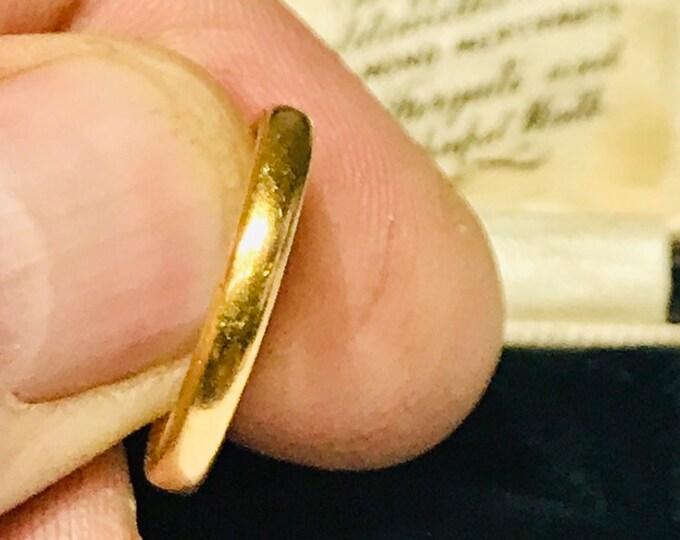 Vintage 22ct gold wedding ring - hallmarked Birmingham 1952 - size N - 6 1/2