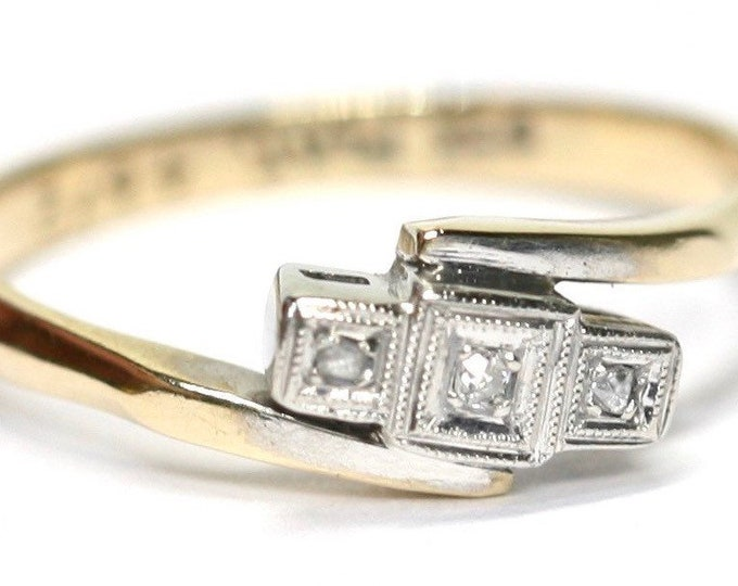 Fabulous antique Art Deco 9ct gold and platinum Diamond engagement ring - size K or US 5 1/4