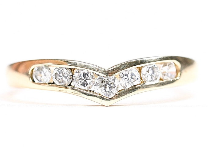 Vintage 9ct yellow gold Cubic Zirconia wishbone ring - fully hallmarked - size O 1/2 or US 7 1/4