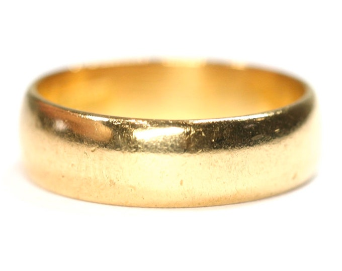 Vintage 22ct gold wedding ring - hallmarked London 1969 - size J or US 4 3/4