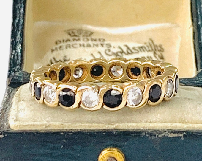 Stunning vintage 9ct yellow gold Sapphire and Cubic Zirconia eternity ring - fully hallmarked