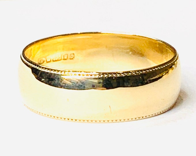Vintage 9ct yellow gold Men's wedding ring - hallmarked London 1988 - Size T or US 9 1/2