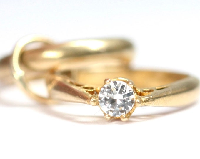 Vintage 9ct gold Engagement ring and Wedding ring charm - hallmarked Birmingham 1961