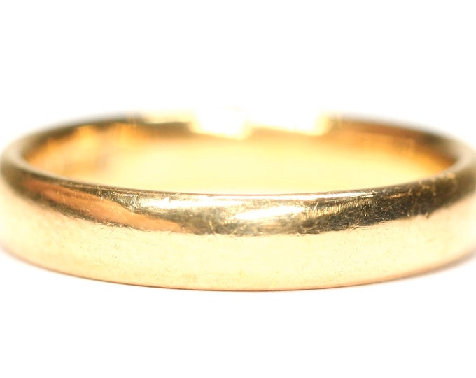 Antique 22ct gold wedding ring - hallmarked London 1921 - size N or 6 1/2