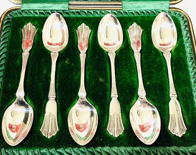 Stunning antique Victorian cased sterling silver teaspoons - Made in Sheffield 1900 - Joseph Rodgers & Son