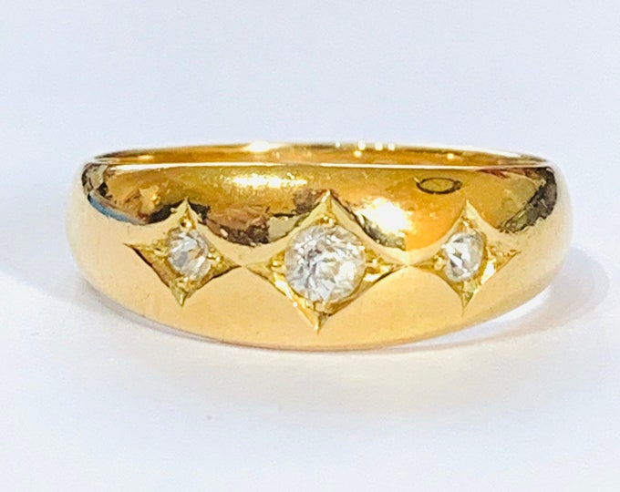 Fabulous antique Victorian / Edwardian 18ct gold Diamond Gypsy / pinky ring - Chester 1901 - size M or 6