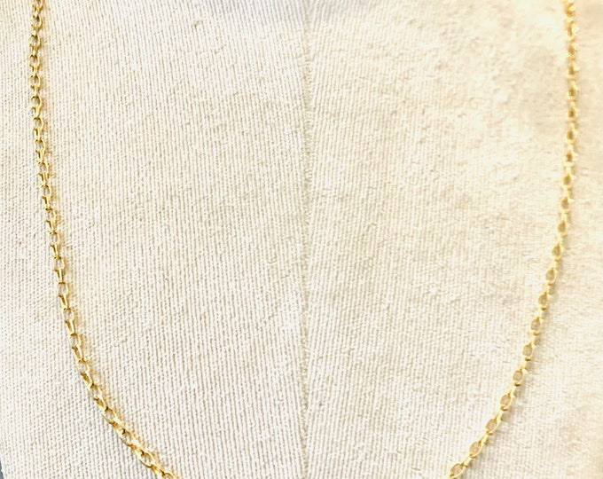 Superb vintage 9ct yellow gold 26 inch necklace - fully hallmarked - 10.5gms