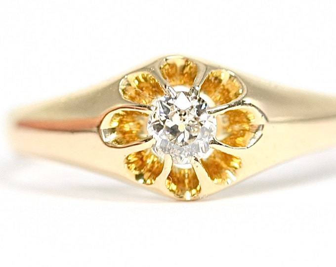 Superb antique 18ct gold diamond gypsy ring - hallmarked Birmingham 1913 - size R 1/2 - US 8 3/4