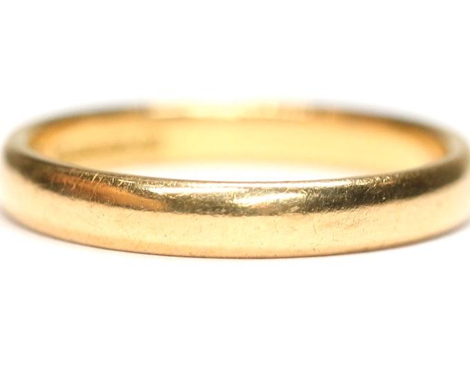 Antique 22ct gold wedding ring - hallmarked Birmingham 1930 - size M or US 6