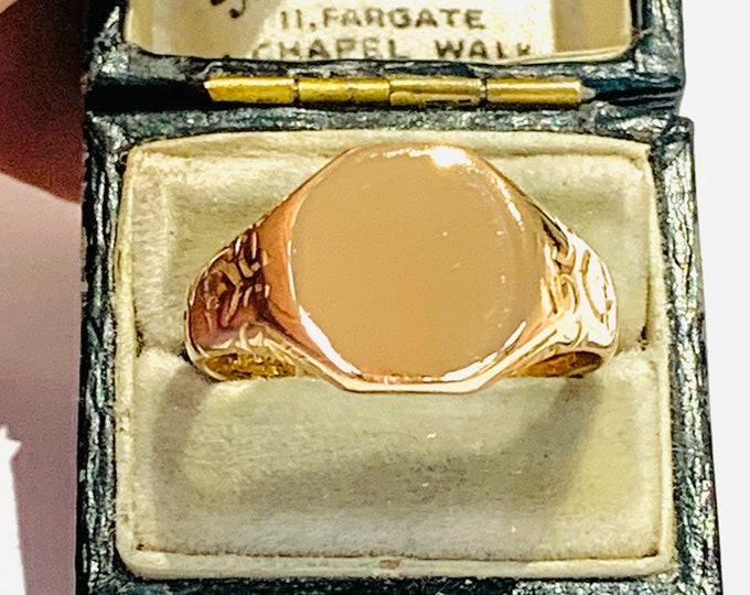 Superb and heavy antique 9ct rose gold signet ring - hallmarked Birmingham 1914 - size W - 11