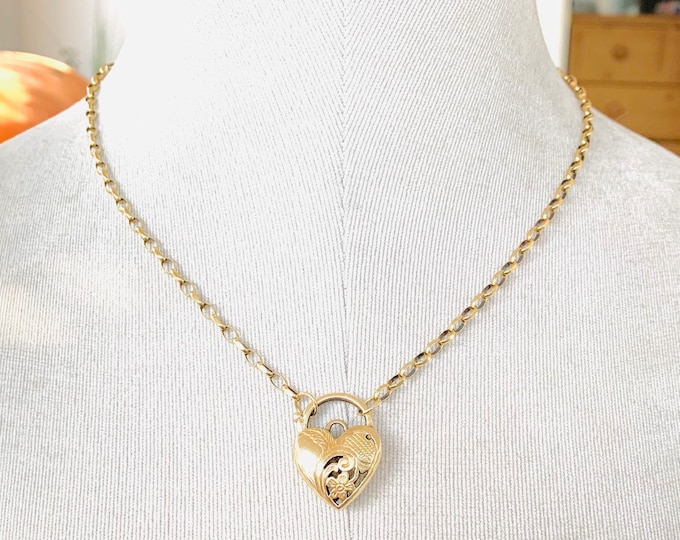 Superb large heavy vintage 9ct yellow gold 18 inch Padlock necklace