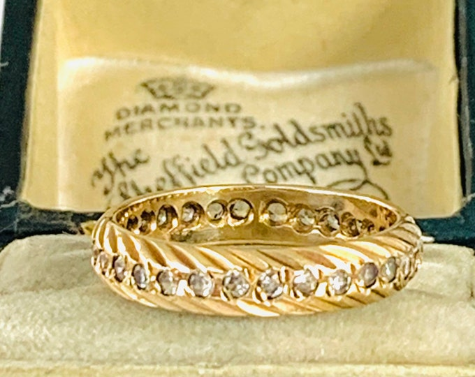 Vintage 9ct gold Cubic Zirconia eternity ring - size L - 5.5