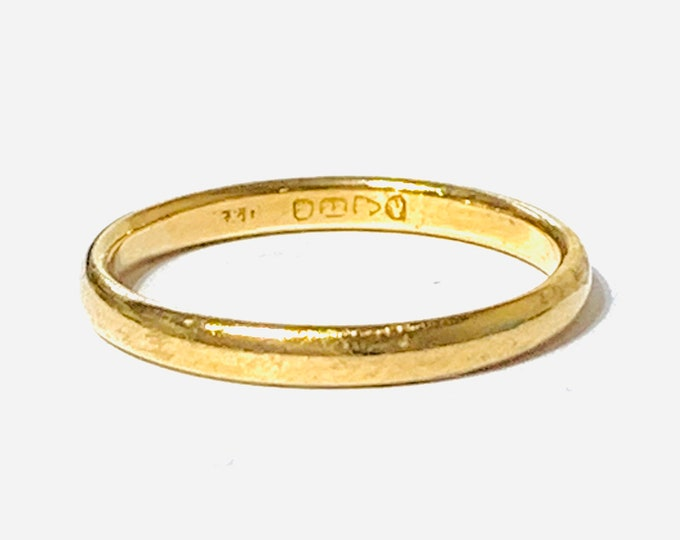 Superb antique 98 year old 22ct yellow gold wedding ring - hallmarked Chester 1921 - size P or US 7 1/2