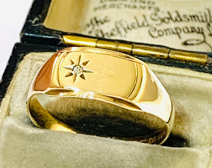Superb vintage 9ct yellow gold Diamond signet or pinky ring - Sheffield 1976 - size P or US 7 1/2
