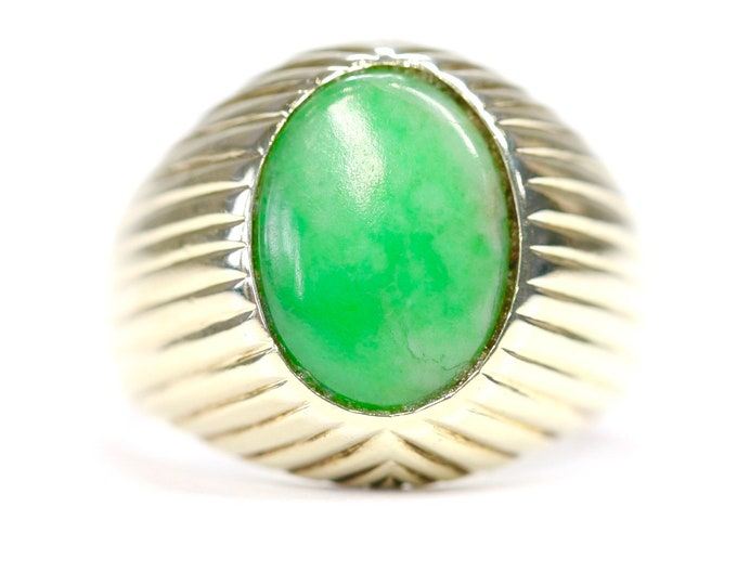 Stunning heavy vintage 14ct 14k yellow gold Jade signet or pinky ring - size K or US 5