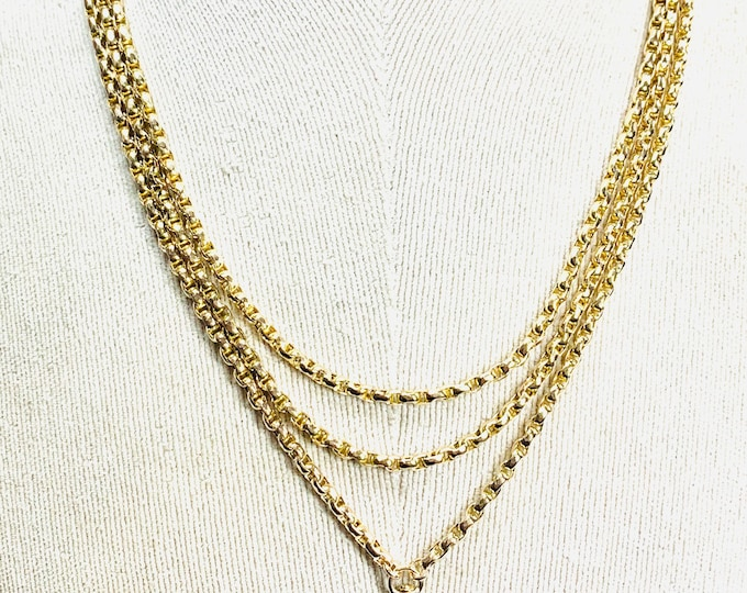 Superb antique Victorian 9ct yellow gold 56 inch Muff chain - stamped 9C - 34gms