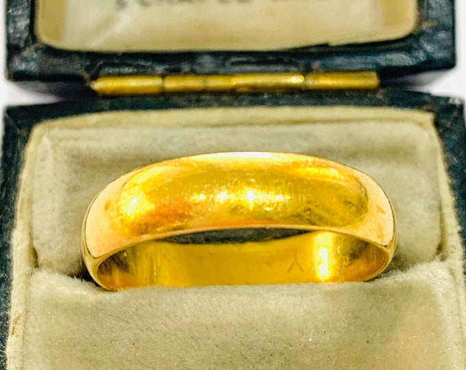 Stunning vintage 22ct gold wedding ring - Birmingham 1979 - size Q / 8