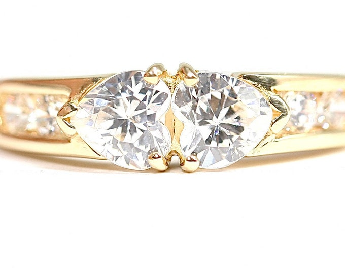 Vintage 9ct yellow gold Cubic Zirconia dress ring - size L or US 5.5