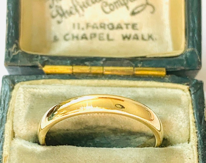 Vintage 9ct yellow gold wedding ring - fully hallmarked - size N or US 6.5
