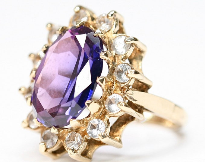 REDUCED ***Superb large vintage 9ct yellow gold Amethyst & Cubic Zirconia statement ring - Hallmarked Birmingham 1971 - size K or US 5 1/4