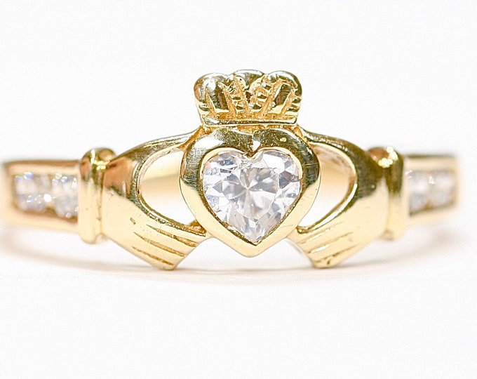 Genuine Irish made vintage 9ct yellow gold and Cubic Zirconia Claddagh ring by SOLVAR - fully hallmarked- size M or US 6