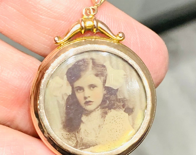 Superb antique Victorian 9ct rose gold double locket - stamped 9ct