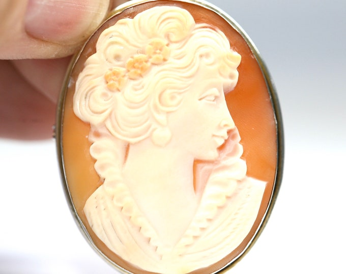 Superb antique large 800 silver Cameo pendant / brooch