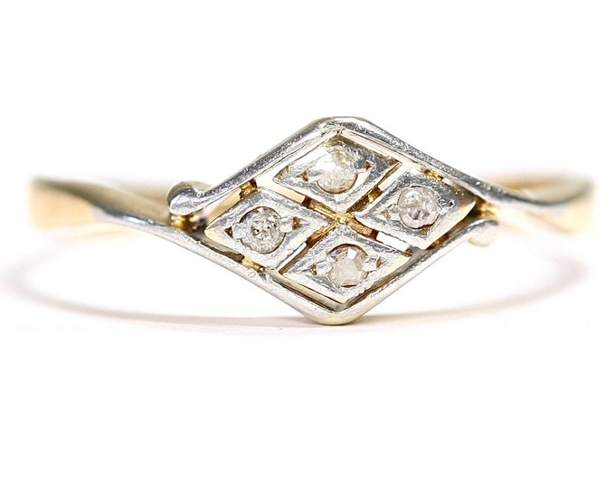 Antique Art Deco 18ct gold and Platinum Diamond engagement ring - size Q or US 8