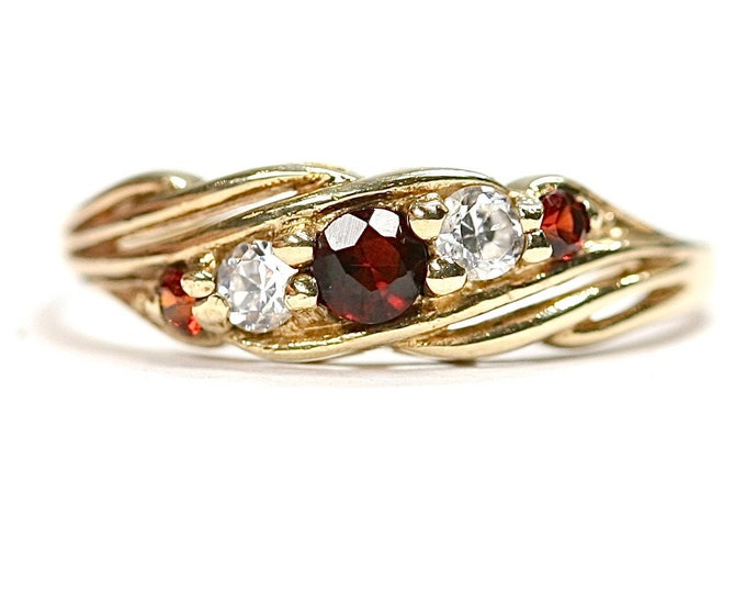 Vintage 9ct yellow gold Garnet and Cubic Zirconia ring - fully hallmarked - size L or US 5.5
