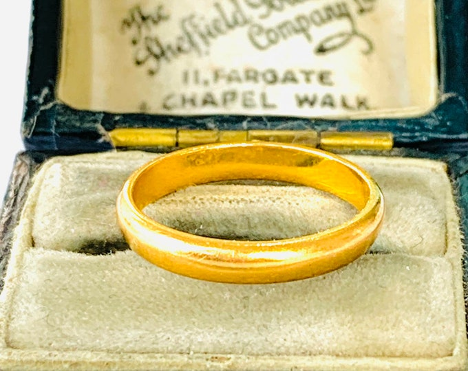 Victorian 22ct gold wedding ring - London 1896 - size J - 4 1/2