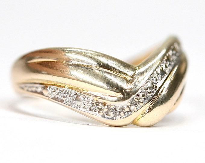 Vintage 9ct gold Diamond wishbone ring - hallmarked Birmingham 1991 - size Q 1/2 or US 8 1/4
