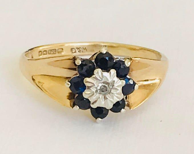 Stunning vintage 9ct yellow gold Diamond and Sapphire cluster ring - Birmingham 1975