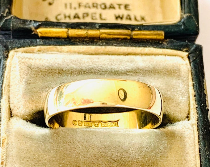 Vintage 9ct yellow gold wedding ring - Birmingham 1994 - size M or US 6